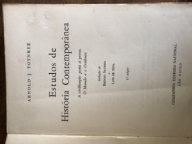 Capa de Estudosde História Contemporânea - Arnold J. Toynbee