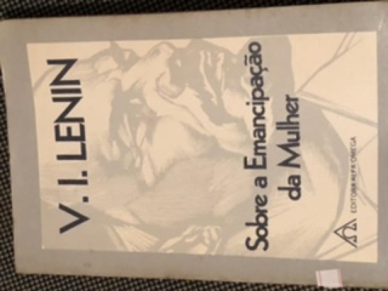 Capa de Sobre a Emancipação da Mulher - V.I.Lenin